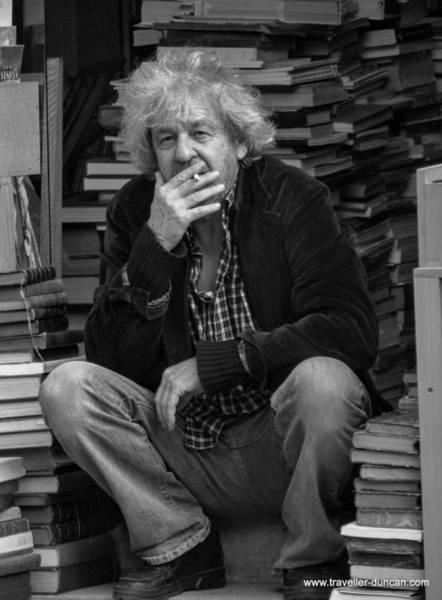 Photograph - Paris Bookseller by Duncan Davies