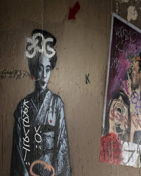 Photograph - Paris Grafitti Geisha by Gigi Ebert