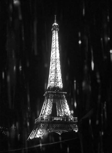 Photograph - Paris Sous La Pluie - Paris In The Rain by Susan Maxwell Schmidt