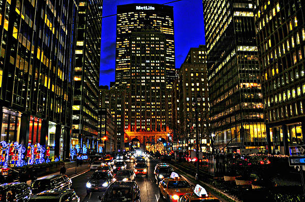 Park Avenue Wall Art - Photograph - Park Avenue At Night by Randy Aveille