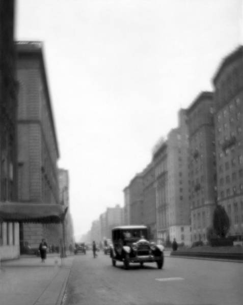 Park Avenue Photograph - Park Avenue In Ny by Underwood Archives