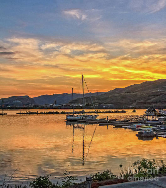 Wall Art - Photograph - Peaceful Sunset Over Clarkston Marina by Robert Bales
