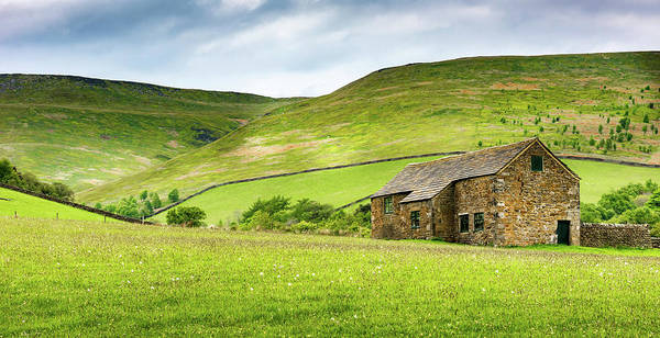 Photograph - Peak Farm by Nick Bywater