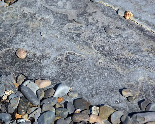 Photograph - Pebbles On A Boulder by Lynda Lehmann
