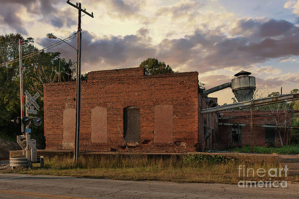 Photograph - Pendleton Oil Mill Ruins by Dale Powell