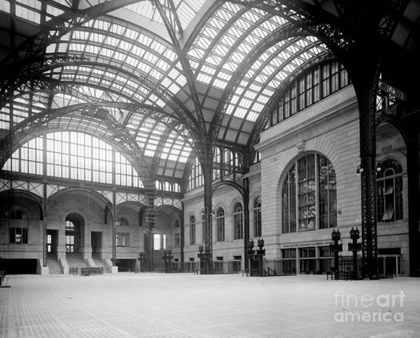 Sentimentality Photograph - Pennsylvania Station, Nyc, 1910-20 by Science Source