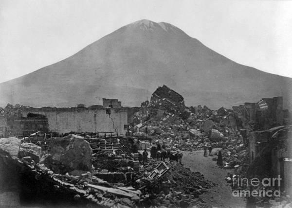 Photograph - Peru: Earthquake by Granger