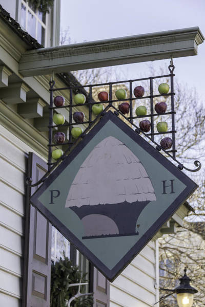 Colonial Williamsburg Photograph - Peter Hay Kitchen Sign by Teresa Mucha