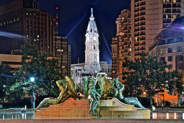 Townscape Wall Art - Photograph - Philadelphia City Hall by Frozen in Time Fine Art Photography