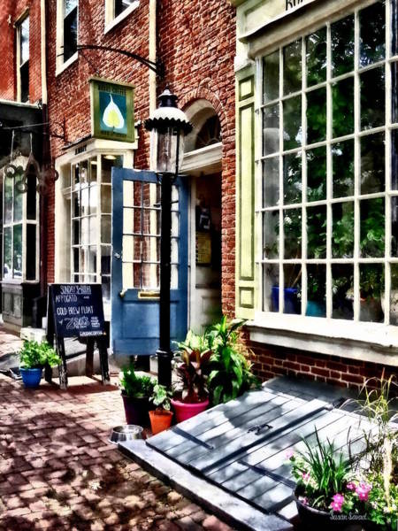 Photograph - Philadelphia Pa Coffeehouse by Susan Savad
