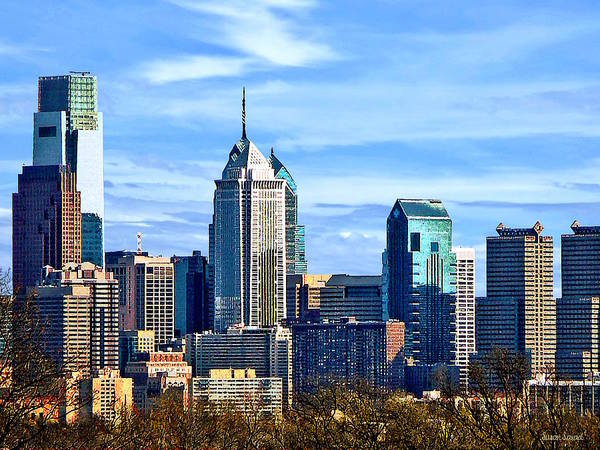 Photograph - Philadelphia Pa Skyline II by Susan Savad
