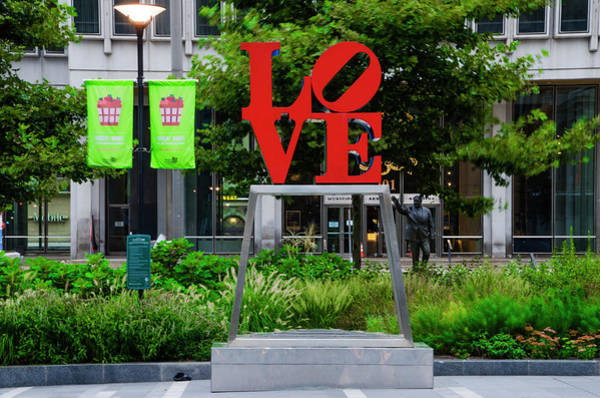 Wall Art - Photograph - Philadelphia - The Famous Love Statue by Bill Cannon