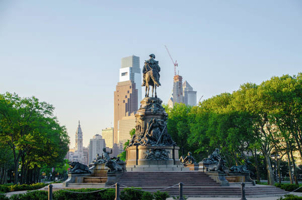 Photograph - Philadelphia Views - The Parkway by Bill Cannon