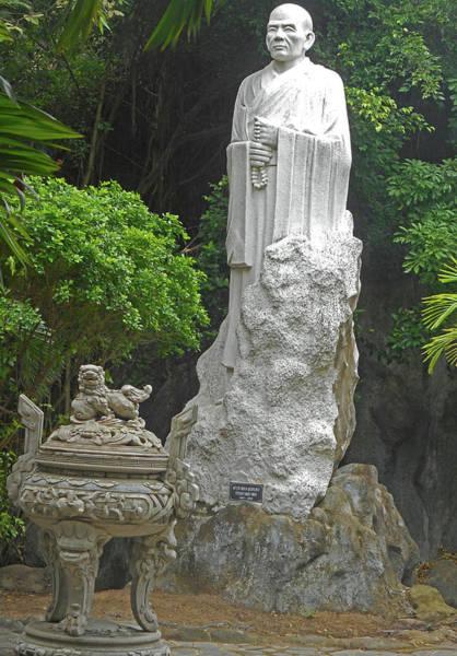 Vung Tau Photograph - Phu My Statues 5 by Ron Kandt