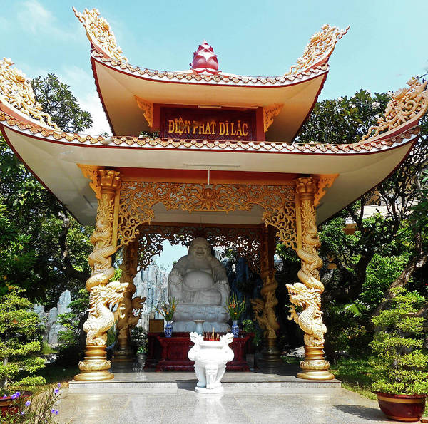 Vung Tau Photograph - Phu My Temples 12 by Ron Kandt