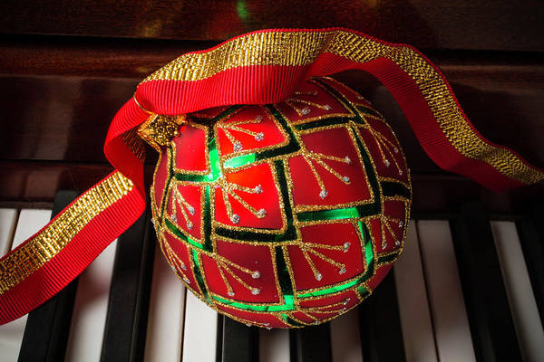Wall Art - Photograph - Piano Christmas by Garry Gay