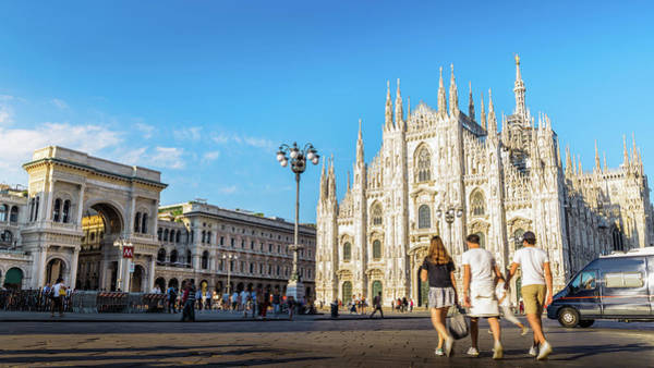 Photograph - Piazza Duomo, Milan - Italy by Alexandre Rotenberg