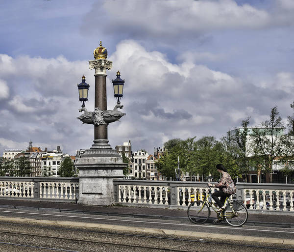 Prinsengracht Photograph - Pillar On The Blue Bridge by Phyllis Taylor