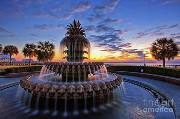The Pineapple Fountain At Sunrise In Charleston, South Carolina, Usa Art Print