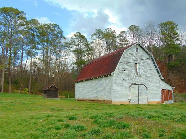 Photograph - Pinson Farm Barn by Richard Parks
