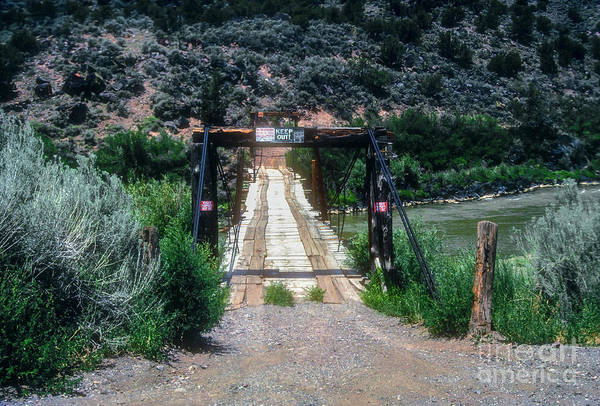 Queste Photograph - Please Keep Out by Bob Phillips