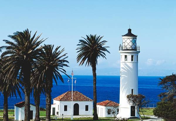 Point Vicente Wall Art - Photograph - Point Vicente Lighthouse by Mountain Dreams