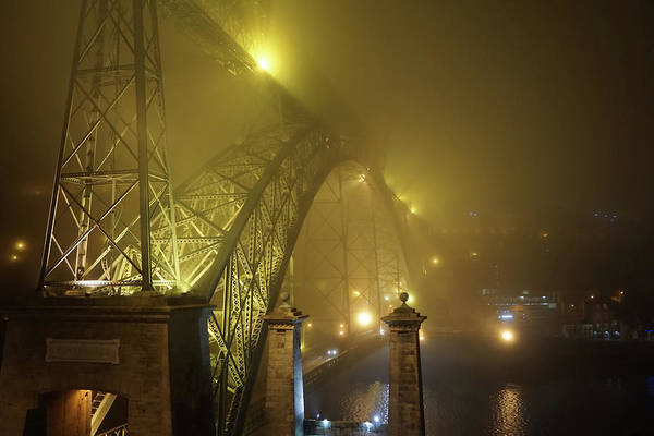 Ponte D Luis I Art Print