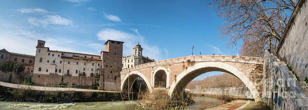 Tiber Island Wall Art - Photograph - Ponte Fabricio And Tiber Island In Rome by Frank Bach