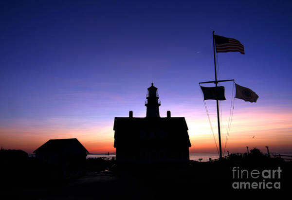 Foghorns Photograph - Portland Head Lighthouse by Jim Beckwith