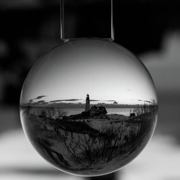 Photograph - Portland Headlight Globe by Darryl Hendricks