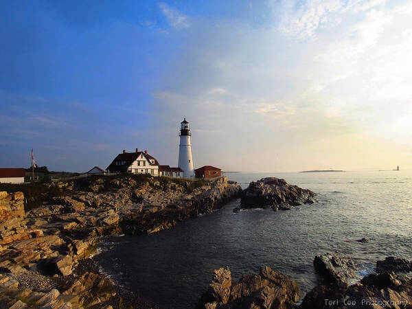 Photograph - Portland Headlight Morning Glow by Teri Ridlon