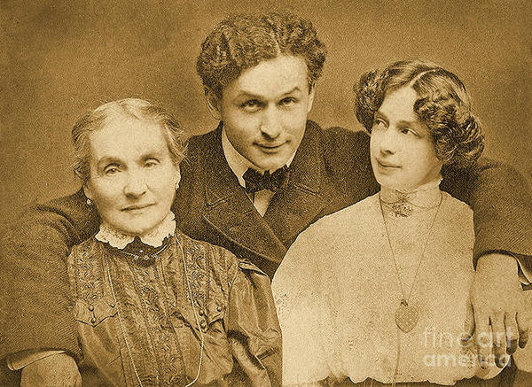 Wall Art - Photograph - Portrait Of Harry Houdini With Is Mother And Wife by American School