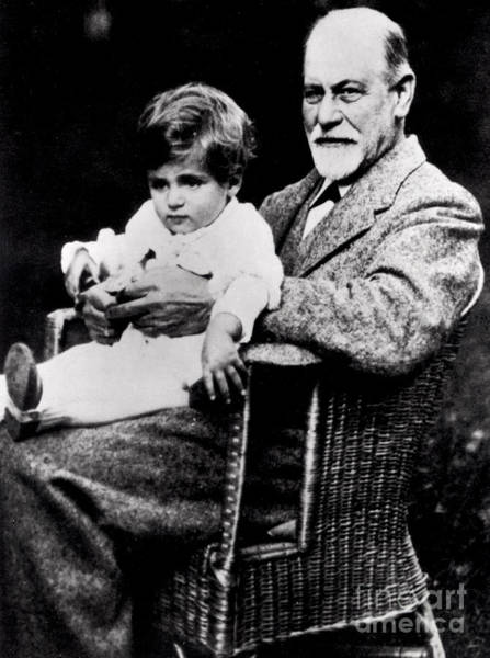 Wall Art - Photograph - Portrait Of Sigmund Freud With His Grandson by German School