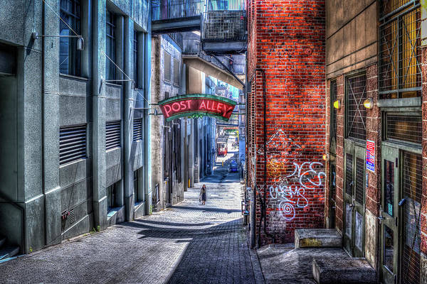 Wall Art - Photograph - Post Alley Straggler by Spencer McDonald