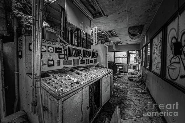 Wall Art - Photograph - Power House Bw by Michael Ver Sprill