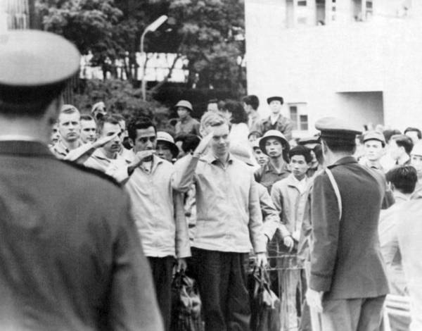 Photograph - Pows To Leave Hanoi by Underwood Archives