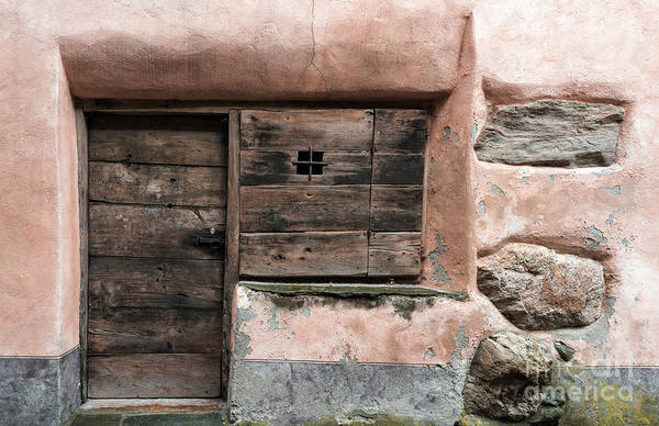 Hinges Photograph - Prato Sornico by DiFigiano Photography