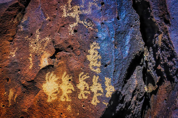 Wall Art - Photograph - Primitive Rock Drawings by Garry Gay