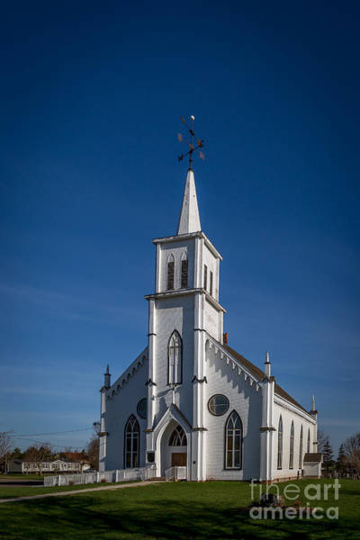 Photograph - Princetown United Church by Roger Monahan