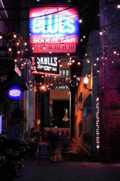 Photograph - Printer's Alley Nashville Tennessee by Carol Montoya