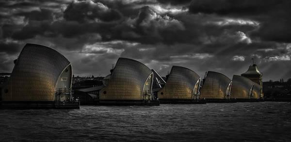 Flood Wall Art - Photograph - Protecting The City by Nigel Jones