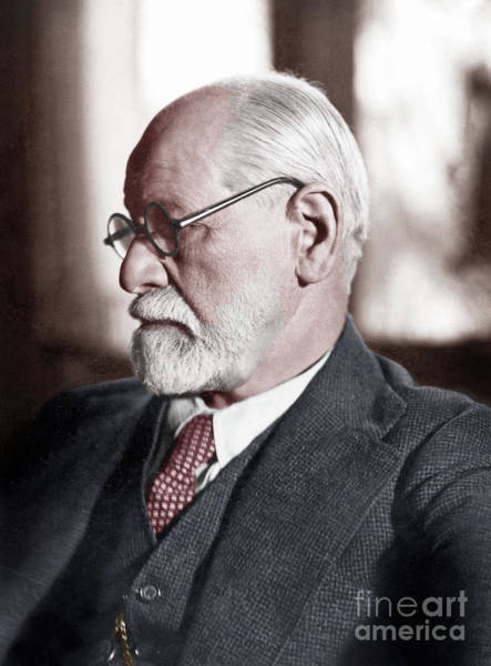 Wall Art - Photograph - Psychoanalyst Sigmund Freud, 1925 by English School