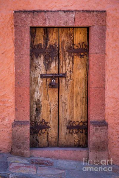 Wall Art - Photograph - Puerta Vieja by Inge Johnsson