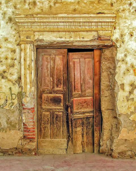 Wall Art - Photograph - Puerta Vieja by Winnie Chrzanowski