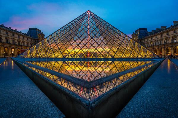 Photograph - Pyramide Du Louvre by James Billings