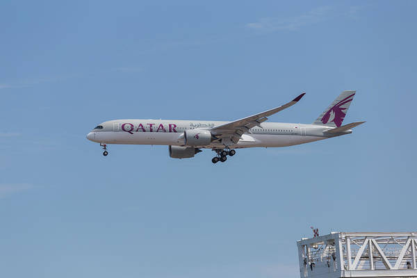Photograph - Qatar Airways A7-alf by Brian MacLean