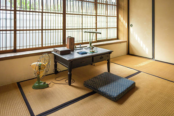 Photograph - Quaint Tatami Office by Geoffrey Lewis