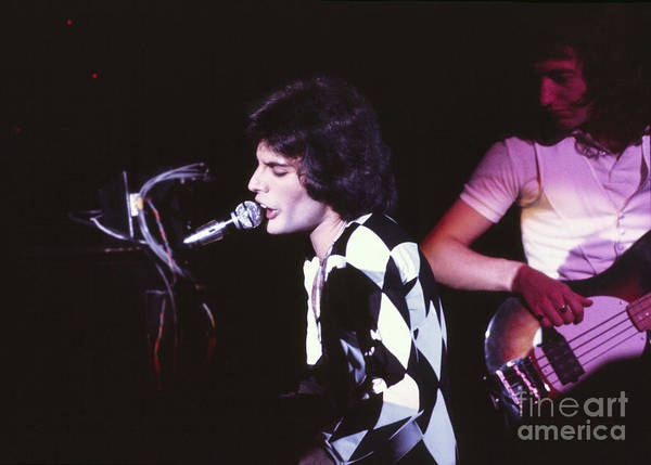 Chris Walter Wall Art - Photograph - Queen 1975 Freddie Mercury by Chris Walter