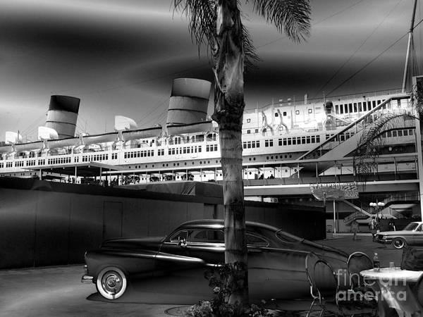 Queens Bath Photograph - Queen Mary Dark Monochrome by Abstract Angel Artist Stephen K