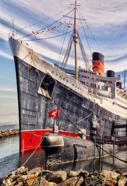 Digital Art - Queen Mary Ghost Ship by Bob Winberry